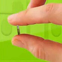 glass-tag-transponder-fingers.jpg