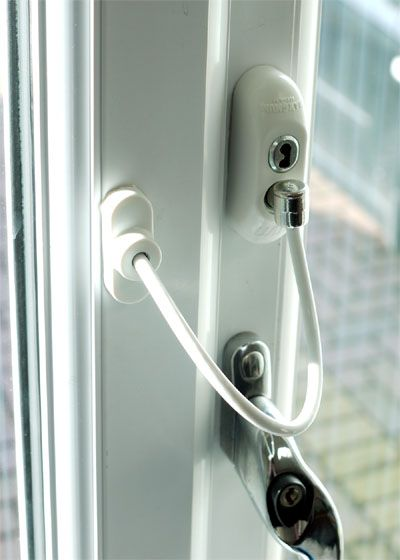 Lockable Window Restrictor