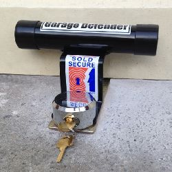 Garage Door Defender with shackless padlock - Sold Secure Bronze (domestic)