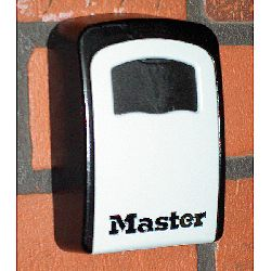 Master Box - Leave-A-Key - Key Safe with 4 tumbler combination